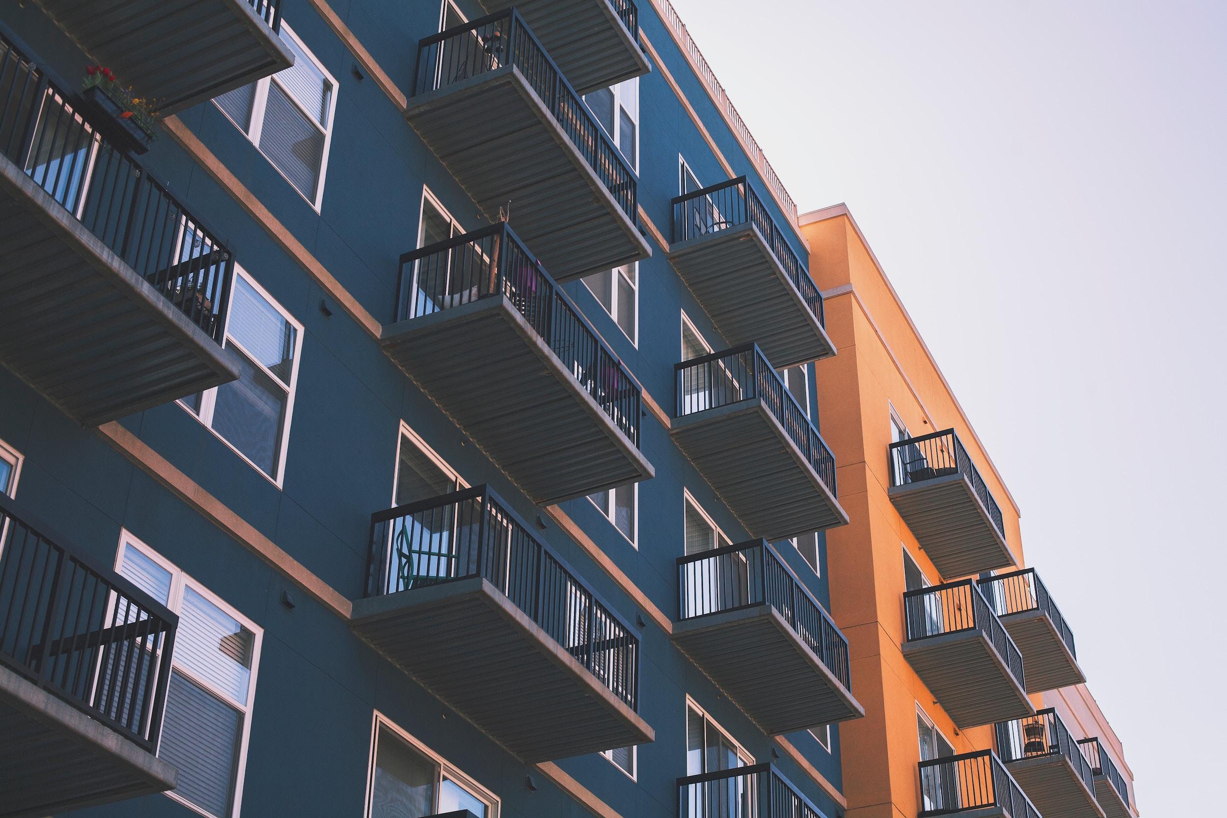 Kto zajmuje się zarządzaniem nieruchomościami?