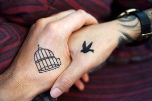 Tatuaże - ile trzeba mieć lat?