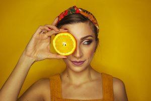 Jak działa witamina A na skórę?